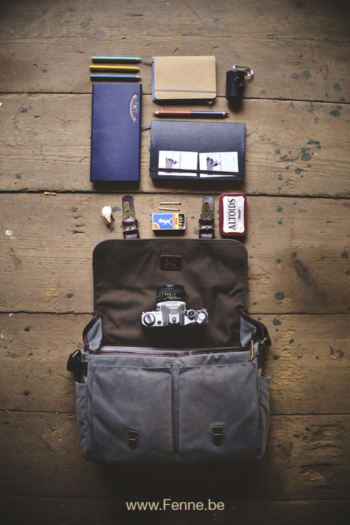 What's in my bag (on the road) | www.Fenne.be