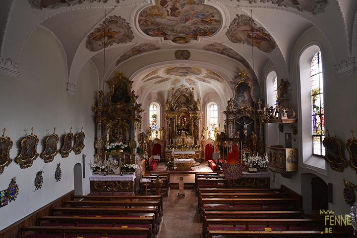 Travel to Alpbach in Tirol Austria, visiting a chruch, hiking, enjoying great food. Blog on www.Fenne.be