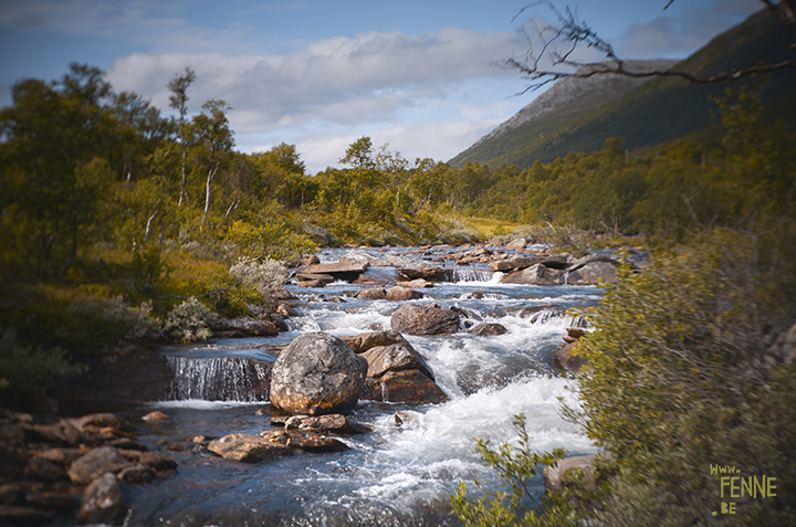 River and waterfall | Norway| Lensbaby | www.Fenne.be