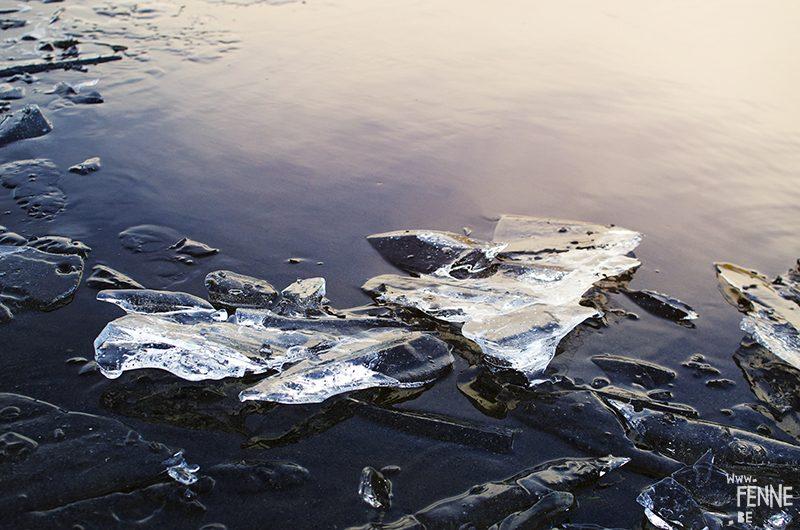 Frozen. Ice photography, nature photography, Sweden, Dalarna, artist Fenne Kustermans. www.Fenne.be