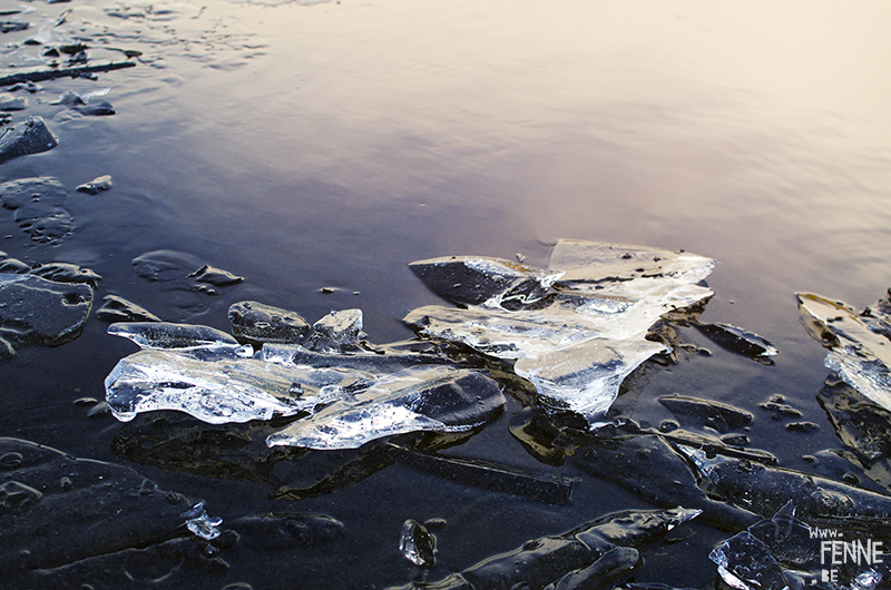 Frozen. Ice photography, nature photography, Sweden, Dalarna, artist Fenne Kustermans. www.Fenne.be