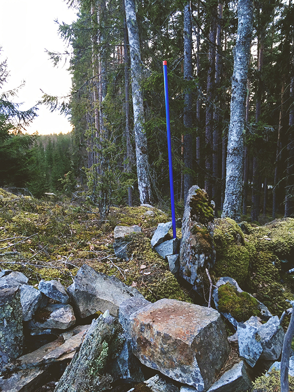 rockhound, rockhounding, mineral hunting, Sweden, fossicking, rocks, stones and minerals, wandering, explore to create, www.Fenne.be