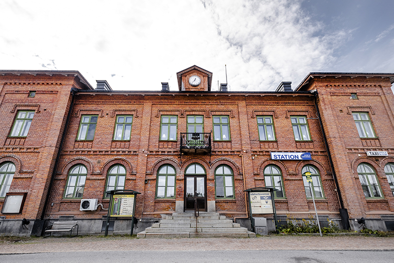'Hedestad' train station from The girl with the dragon tattoo, USA version, Sweden, www.Fenne.be